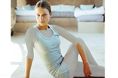 ورزش یوگا و تاثیر آن در جوان و سرحال ماندن