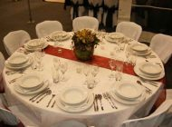 اصول چیدن میز شام را یاد بگیریم