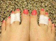 تاثیر عالی بستن دو انگشت پا به همدیگر