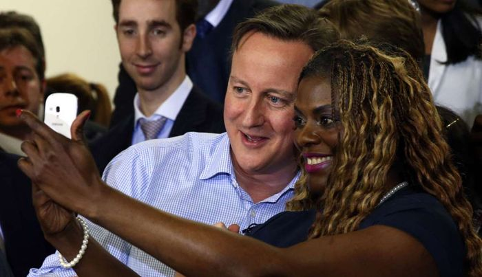بهترین عکس های سلفی افراد سیاسی و مردم