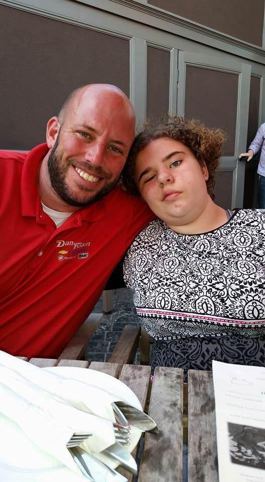 خودکشی دختر بعد از نجات یافتن از تومور مغزی