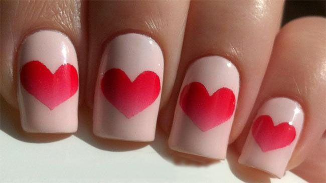 زیباترین مدل های طراحی ناخن شکل قلب