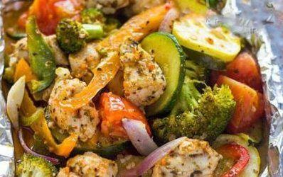 آموزش تهیه خوراک سبزیجات و مرغ در فویل