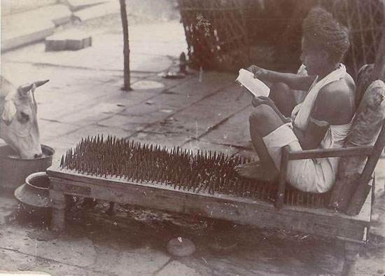 عکس های قدیمی از کارهای خارق العاده مرتاض ها