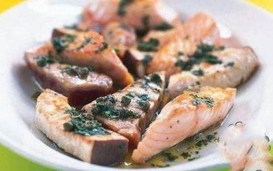 آموزش تهیه ماهی با سس سه گیاه فرانسوی