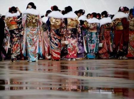فستیوال بلوغ جنسی دختران باکره ژاپنی +عکس