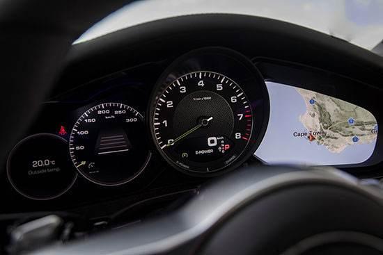 نگاهی به خودرو رویایی پورشه پانامرا E-Hybrid