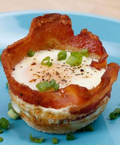 کاسه های تخم مرغی یک صبحانه عالی
