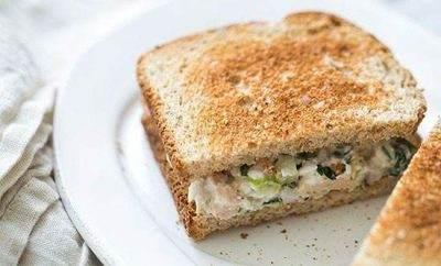 آموزش تهیه ساندویچ تن ماهی خوشمزه