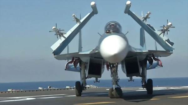 با بزرگترین ناو هواپیمابر نیروی دریایی روسیه آشنا شوید