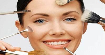 آموزش آرایش صورت زنان با کانسیلر