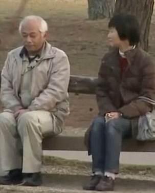 این مرد بعد از بیست سال قهر با زنش حرف زد
