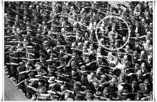 تصاویر ماندگار و تاثیرگذار که در طول تاریخ گرفته شده اند