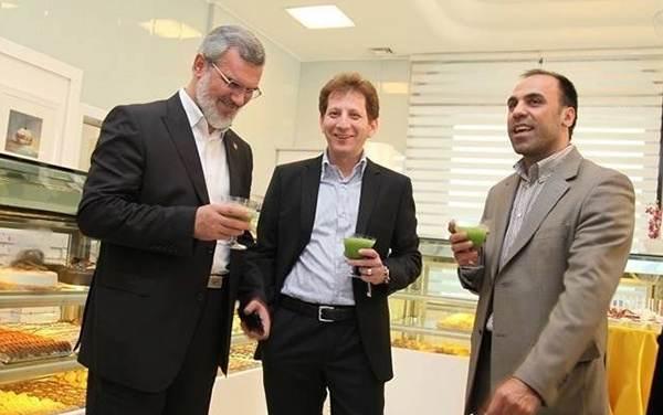 پاساژ گردی در مجتمع های تجاری مشهور تهران