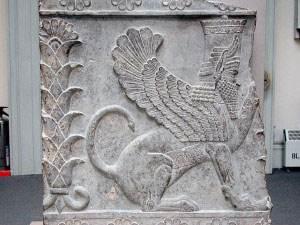 نگاهی به آثار باستانی به جا مانده از تمدن آشوری