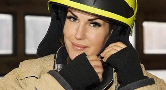 زیباترین دختر آتش نشان در تمام دنیا را بشناسید