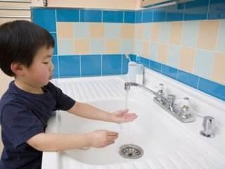 آموزش نکات بهداشتی به کودکان دانش آموز