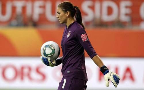 نگاه جنسیتی به فوتبال زنان و چالش های پیش رو