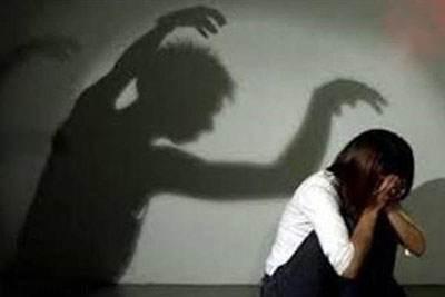 رابطه نامشروع و باردار شدن دختر 17 ساله از امیر