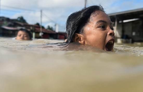 عکسهای دیدنی برگزیده خبری روز جهان در 2017