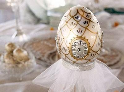 تزیین تخم مرغ های سفره عقد عروس و داماد