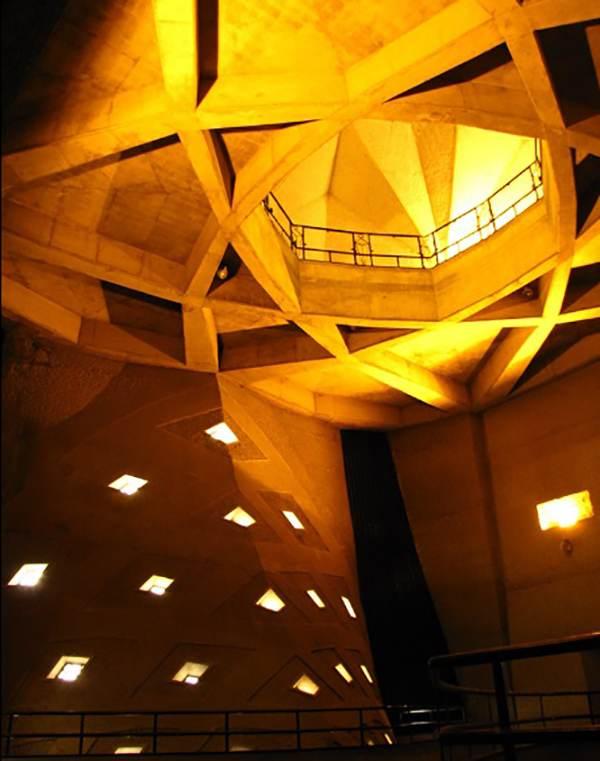 نکات جالب و خواندنی درباره برج آزادی تهران