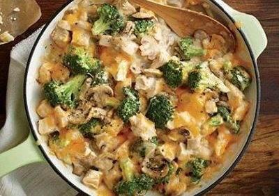 طرز تهیه غذای رژیمی خوراک مرغ خامه ای و بروکلی