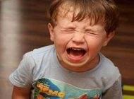 برخورد والدین در قبال جیغ و نق زدن کودکان