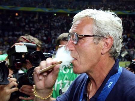 سیگاری های حرفه ای در جهان فوتبال
