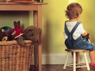 چگونگی رفتار والدین با کودکان بی نظم