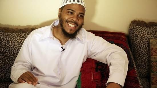 چهره های مشهور هالیوودی که به دین اسلام پیوستند