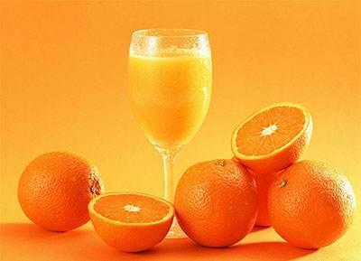 9 فایده مهم برای نوشیدن آب پرتقال