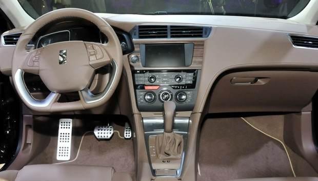 ارائه خودرو DS 5LS از سیتروئن در ایران
