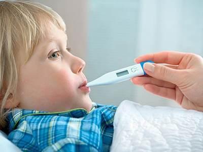 روش های پایین آوردن تب در سنین مختلف