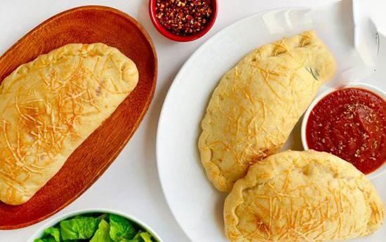 طرز تهیه پیتزای متفاوت کالزونه ایتالیایی
