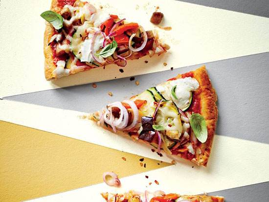 طرز تهیه پیتزا راتاتویی رژیمی و خوشمزه