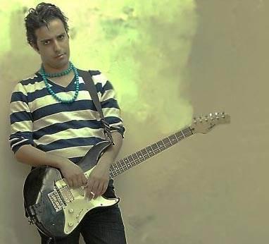 گفتگو با کاوه آفاق خواننده محبوب موسیقی راک