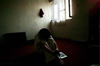 همخوابی این مرد با دختر 32 ساله پولدار تهرانی و کلاه برداری