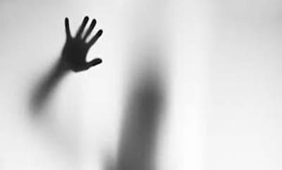 تجاوز گروهی به زن مهماندار در ویلای اجاره ای