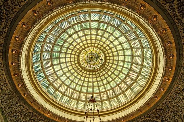 شاهکارهای معماری جهان با شیشه های رنگی
