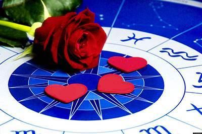 طالع بینی عاشقانه و احساسی برای زوج های عاشق