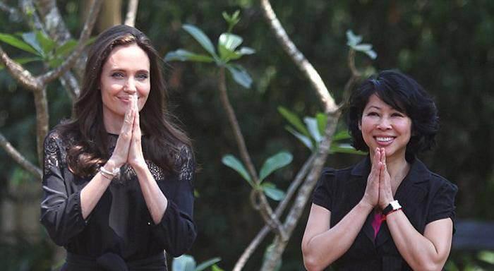 خوش گذرانی آنجلینا جولی و فرزندانش در کامبوج