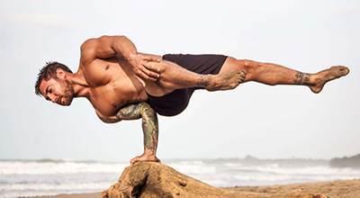 درباره چگونگی و فواید ورزش بیکرام یوگا