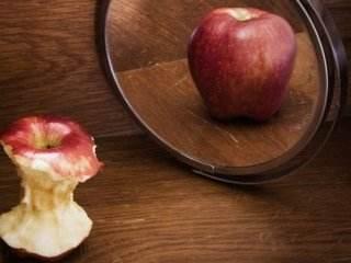 درباره وسواس غذایی و بی اشتهایی عصبی