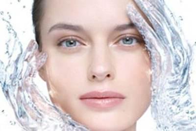 نکات مراقبت از پوست بوسیله آب سرد