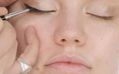 آموزش آرایش صورت به سبک ادل خواننده