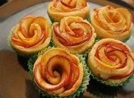 طرز تهیه شیرینی خوشمزه به شکل گل رز