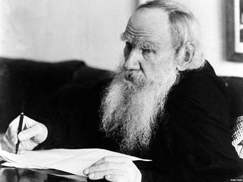 نویسندگان مشهور دنیا که زمانی آواره بوده اند