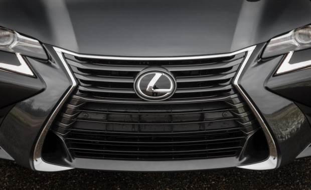 لکسوس GS200T گران ترین خودرو این برند در ایران