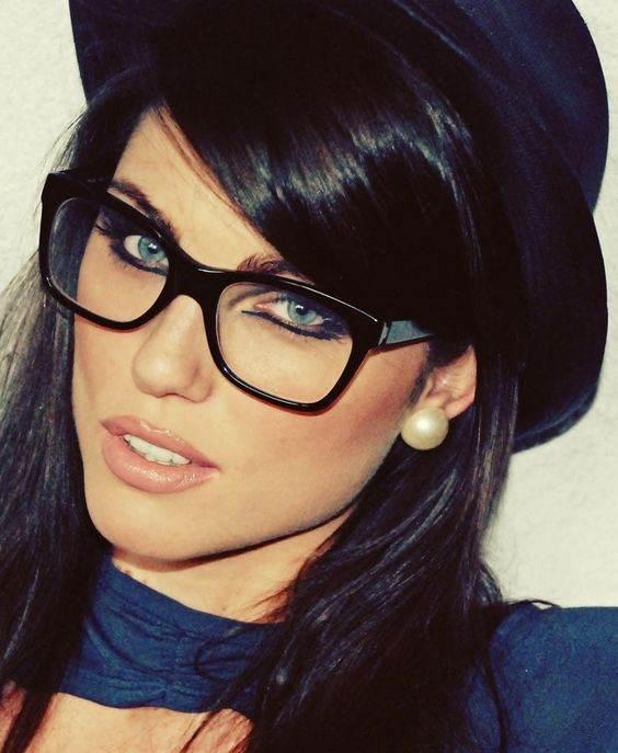 مدل های عینک زنانه زیبا مد سال 2017 مدل های عینک طبی زنانه شیک مد سال جدید